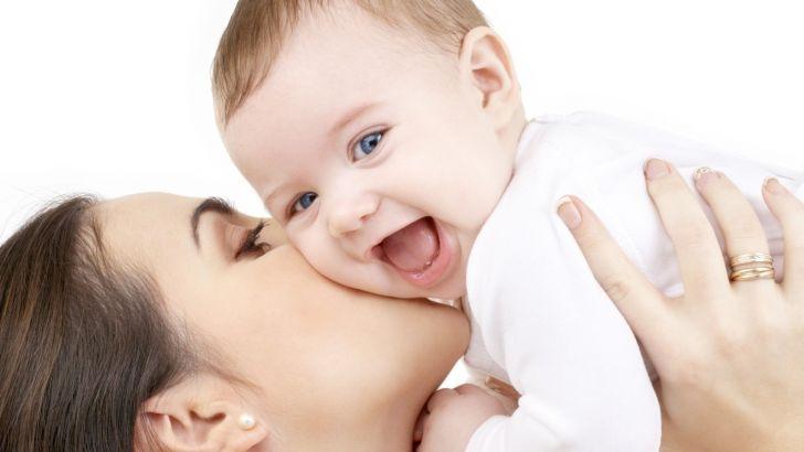 Önce annene, sonra dünyaya güven